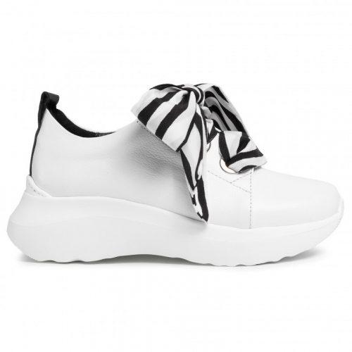 Karino masnis fehér cipő  (36-40)