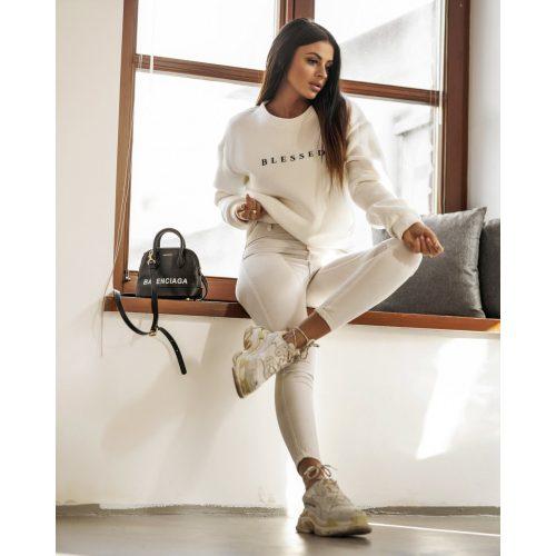 Ola Voga Blessed fehér pulcsi(One Size)