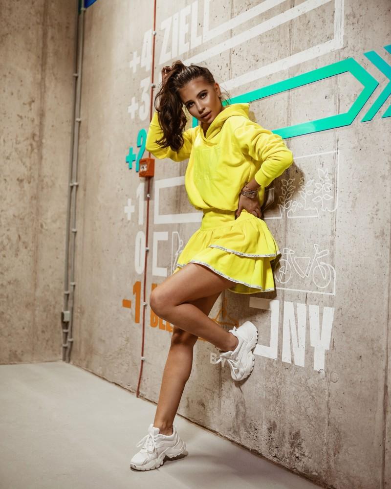 Ola Voga szoknyás szett sárga színben